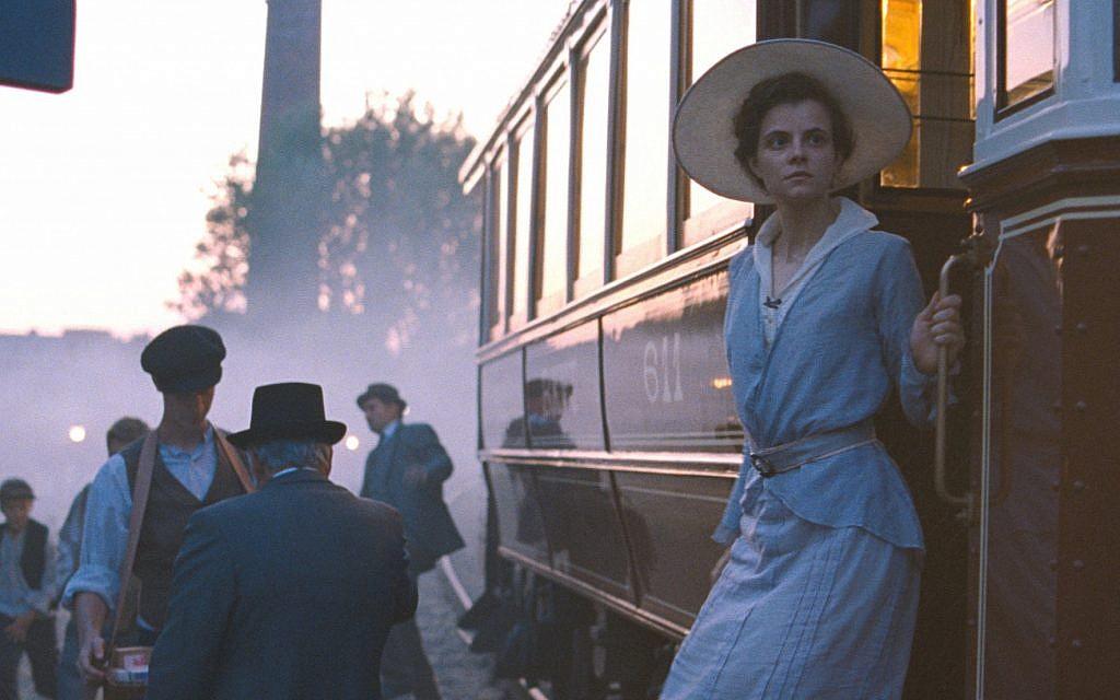 Juli Jakab as Irisz Leiter in László Nemes's 'Sunset.' (Sony Pictures Classics)