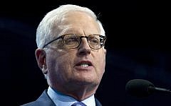 American Israel Public Affairs Committee (AIPAC) Chief Executive Officer Howard Kohr speaks at the 2017 AIPAC Policy Conference in Washington, March 26, 2017. (AP Photo/Jose Luis Magana)