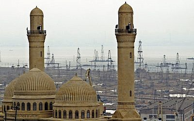 The Bibi Heybat Mosque in Baku, Azerbaijan,  March 3, 2006. (Mikhail Metzel/AP)