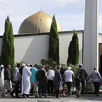 Worshipers prepare to enter the Al Noor mosque following last week's mass shooting in Christchurch, New Zealand, March 23, 2019. (AP Photo/Mark Baker)