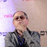 Amnon Abramovitch at a Peace Now convention in Tel Aviv on July 24, 2015. (Tomer Neuberg/Flash90)