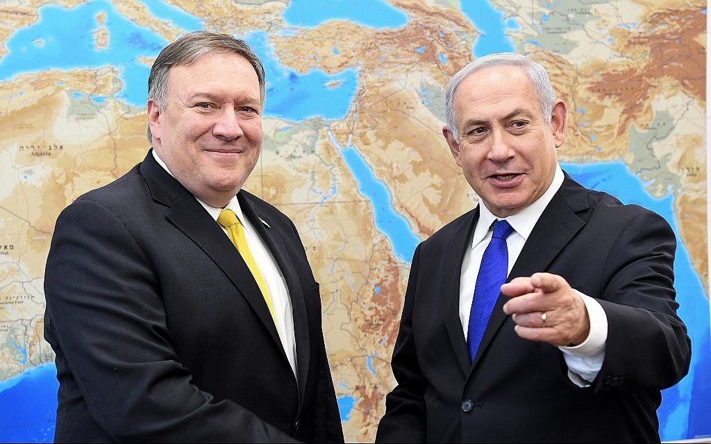 US Secretary of State Mike Pompeo (L) meets with Prime Minister Benjamin Netanyahu in Tel Aviv on April 29, 2018. (Matty Stern/US Embassy Tel Aviv/Flash90)