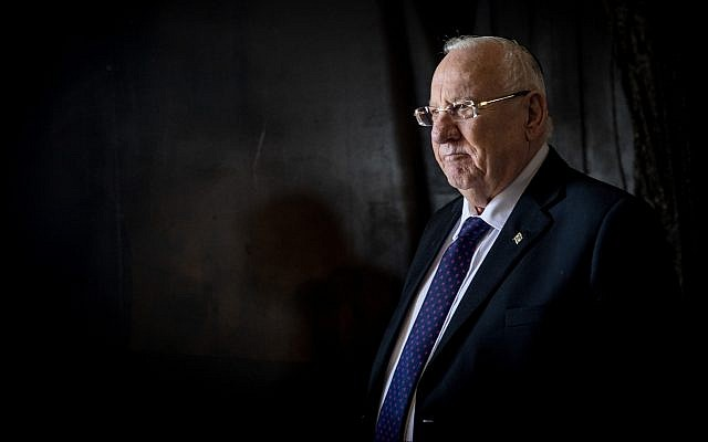 President Reuven Rivlin seen visiting the Yad Vashem Holocaust memorial museum in Jerusalem on February 4, 2019. (Noam Revkin Fenton/Flash90)