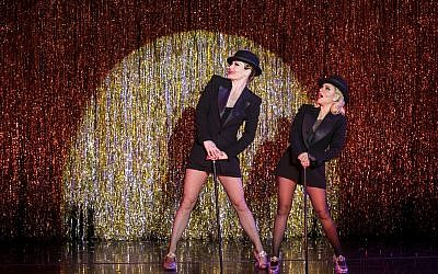 Shiri Maimon (left) and Terra MacLeod as Velma Kelly in the final scene of 'Chicago,' currently touring in Tel Aviv, March 2019 (Courtesy Orit Pnini)