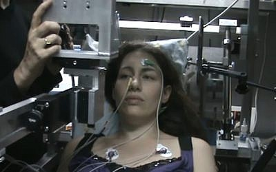 A subject taking an electro-olfacto-gram test in the lab of Prof. Noam Sobel at the Weizmann Institute of Science in Rechovot. (YouTube screenshot)