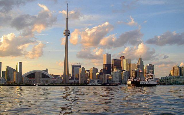 Toronto skyline in 2008. (John Vetterli via WikiCommons)