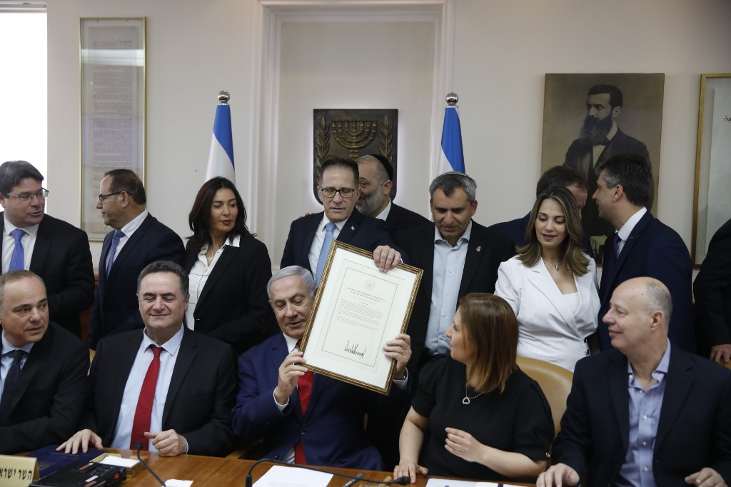 Pm Toasts Reelection At Cabinet Meeting Bennett And Shaked Are No