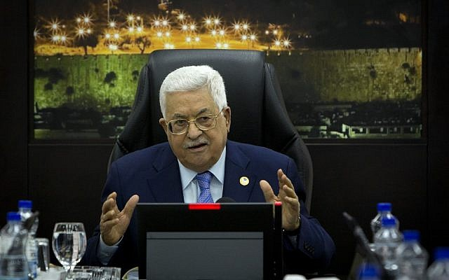 PA President Mahmoud Abbas speaks during the weekly cabinet meeting in the West Bank city of Ramallah on April 29, 2019. (Majdi Mohammed / POOL / AFP)