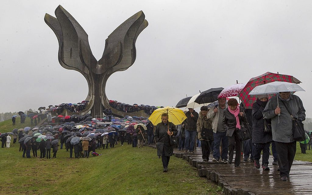 Croatian Jews, Serbs, anti-fascists, Roma gather at WWII death camp