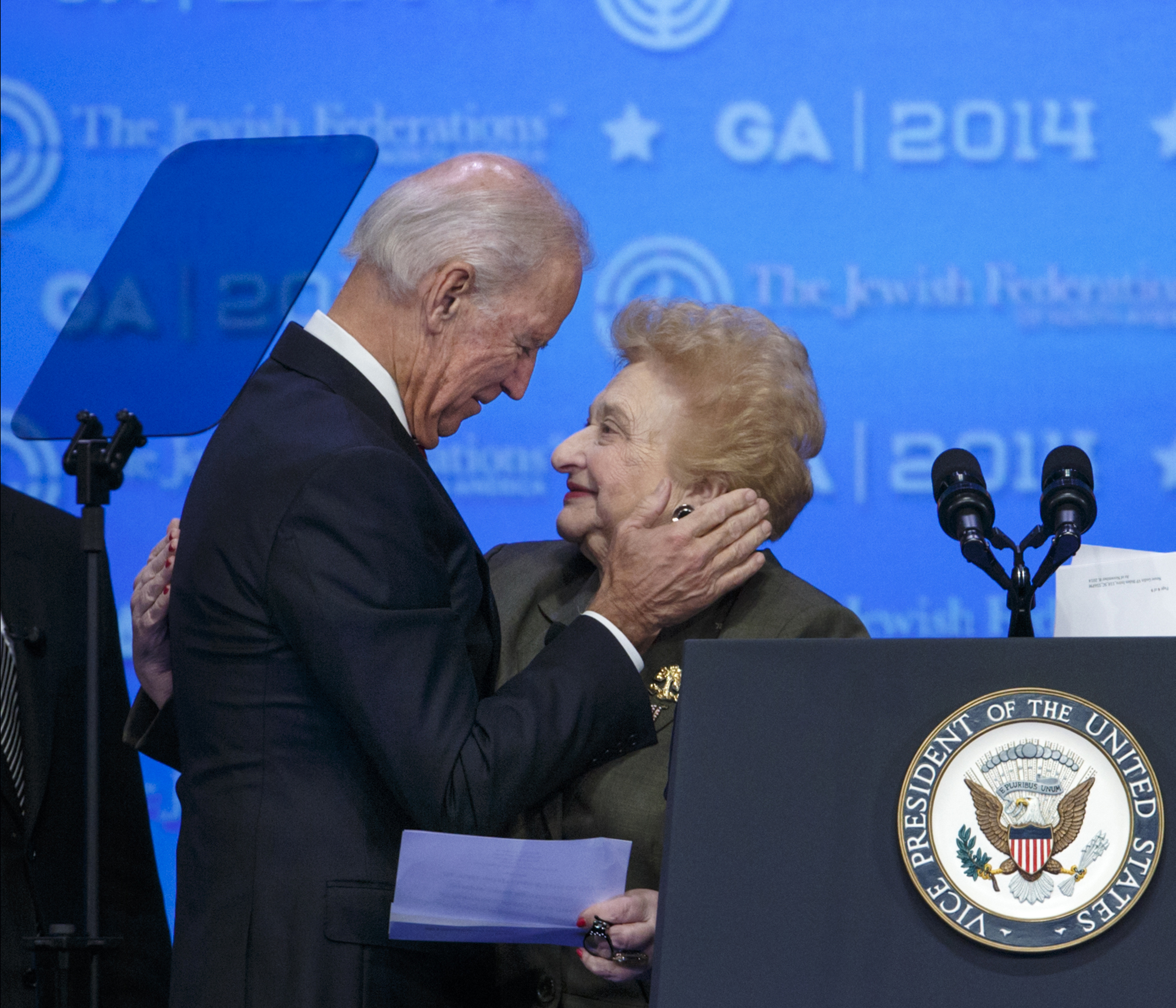 5 Jewish Things To Know About Joe Biden The Times Of Israel