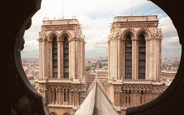 The two towers of Notre Dame Cathedral in Paris are pictured from the spire, June 13, 1998 (AP Photo/Remy de la Mauviniere)