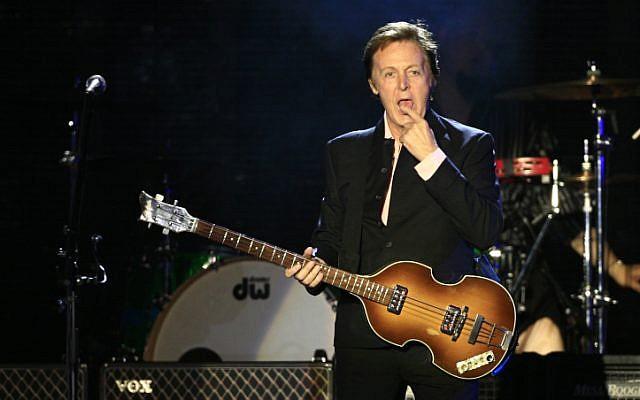 Former Beatles singer Sir Paul McCartney, during his concert in Tel Aviv on September 25, 2008. (Nati Shohat/ FLASH90)