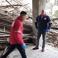 First responders at the scene of a deadly scaffolding collapse in Haifa, April 22, 2019. (Magen David Adom)