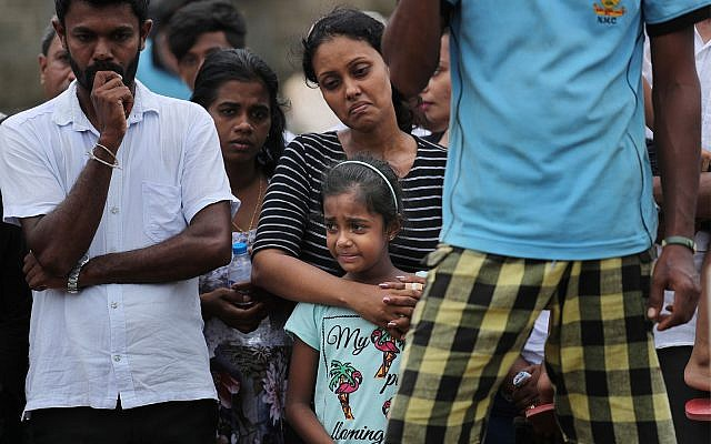 Gun battle in Sri Lanka kills 15, United States  pulls citizens out