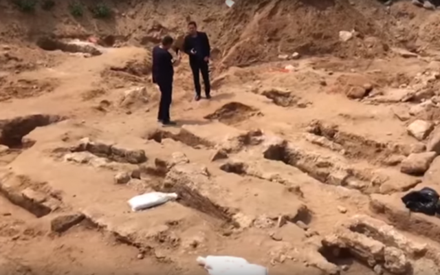Muslim graves discovered at a construction site in Jaffa, May 2018. (Screenshot: YouTube)
