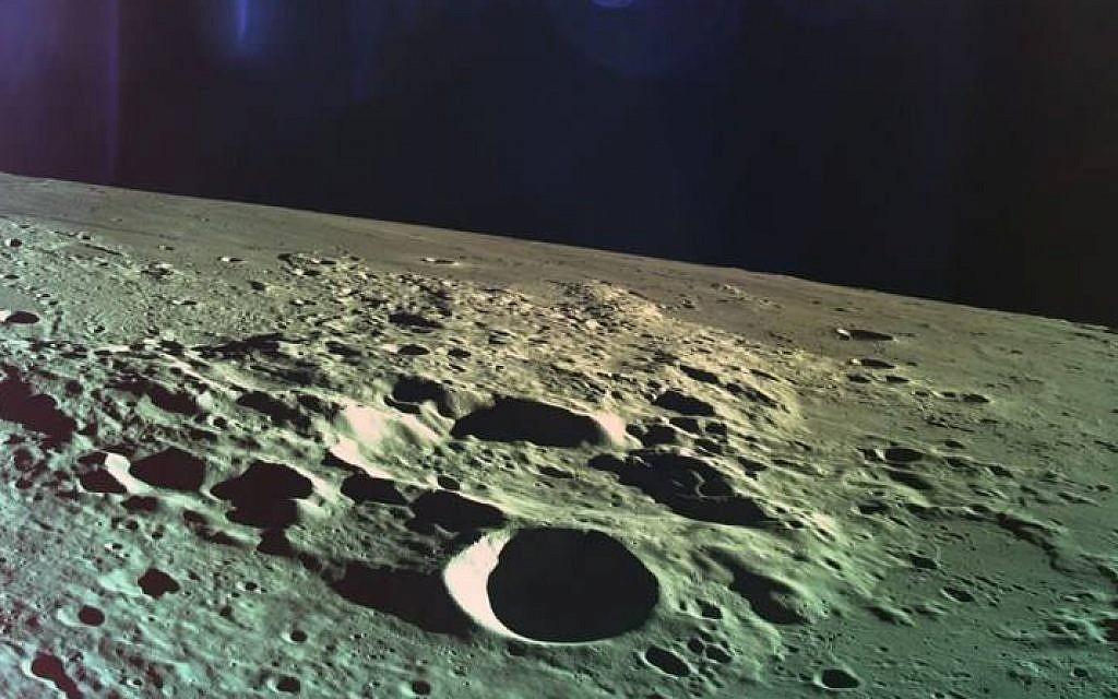 Moon dust and magic mysteries mingle at Beresheet crash site