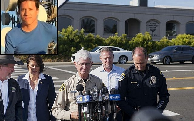 San Diego County Sheriff Bill Gore addresses the media in front of the Chabad of Poway Synagogue after a shooting on April 27, 2019, in Poway, California. An image of the suspected gunman, John Earnest is featured on the left (SANDY HUFFAKER / AFP/YouTube screen capture )