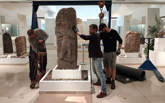 Moving artifacts from the Bible Lands Museum Jerusalem into the new exhibition at the Louvre, which opens May 2, 2019 (Courtesy Bible Lands Museum PR)