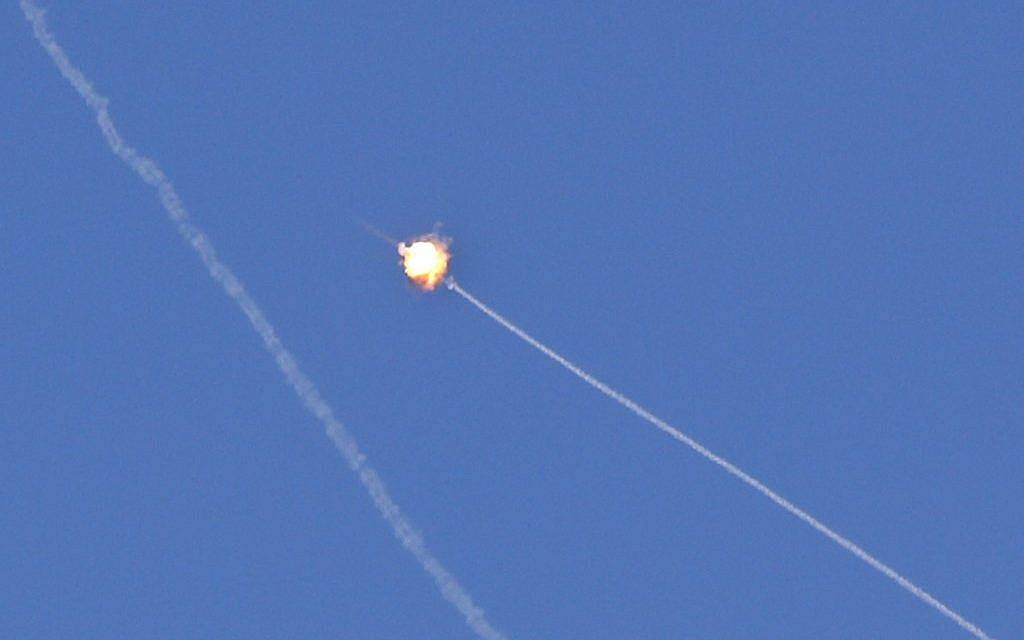 Gaza rocket fire interrupts Netanyahu campaign event in