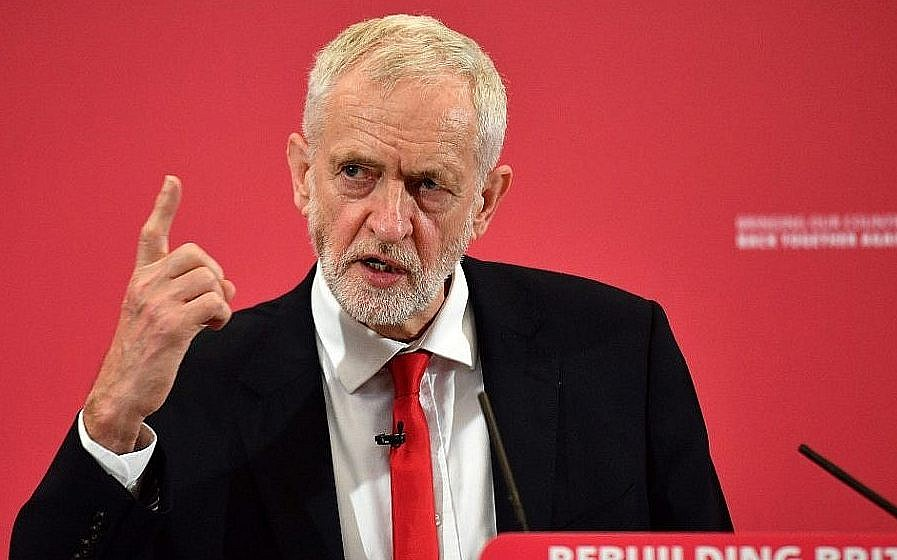 Brexit: Corbyn says 'misunderstanding' over backstop comments