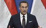 In this photo taken on May 6, 2019 Austria's Vice-Chancellor and chairman of the Freedom Party FPOe Heinz-Christian Strache gives a press conference at the prime minister's office in Budapest (ATTILA KISBENEDEK / AFP)