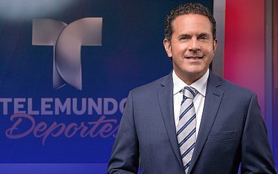 Sammy Sadovnik is one of Telemundo's main soccer play-by-play announcers (Telemundo Deportes)