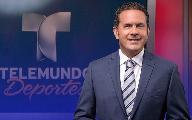 Sammy Sadovnik is one of Telemundo's main soccer play-by-play announcers (Telemundo Deportes)