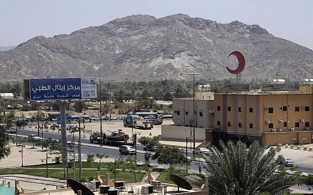 An army tank being transported in the city of Najran, Saudi Arabia, near the border with Yemen, Thursday, April 23, 2015 (AP Photo/Hasan Jamali)