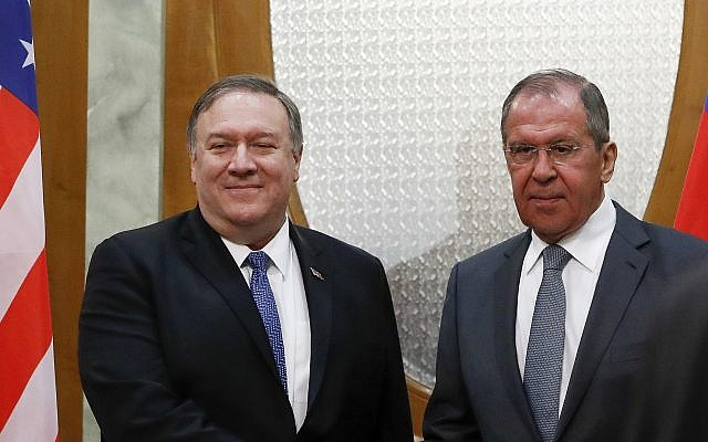 US Secretary of State Mike Pompeo, left, and Russian Foreign Minister Sergey Lavrov pose for a photo prior to their talks in the Black Sea resort city of Sochi, southern Russia, Tuesday, May 14, 2019 (AP Photo/Pavel Golovkin, Pool)