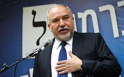 Yisrael Beytenu leader MK Avigdor Liberman leads a party faction meeting at the Knesset on May 13, 2019. (Noam Revkin Fenton/Flash90)
