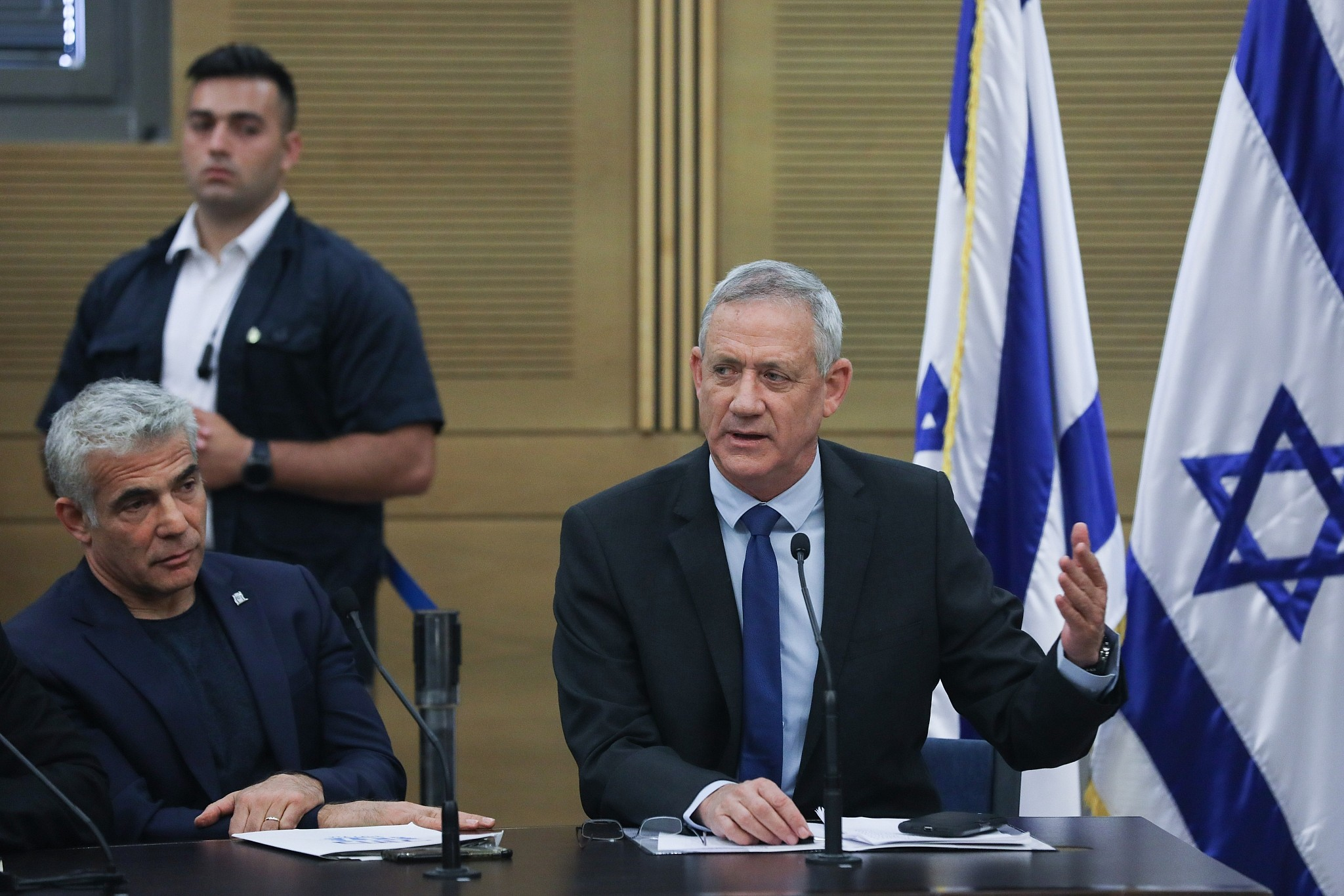 Opposition to oppose Likud bill to dissolve Knesset, wants to try