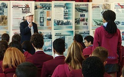 Holocaust survivor Pinchas Gutter addressing high school learners at the Cape Town Holocaust and Genocide Centre. (Cape Town Holocaust & Genocide Centre)