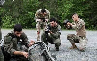 Israeli and American combat cameramen take part in a US military combat photography competition in Quantico, Virgina, in May 2019. (Israel Defense Forces)