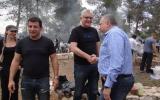 Yisrael Beytenu members Alex Kushnir (left), Eli Avidar (center) and party leader Avigdor Liberman at an Israel Independence Day picnic, May 10, 2019 (Facebook)