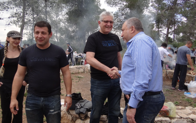 Yisrael Beytenu members Alex Kushnir (left), Eli Avidar (center) and party leader Avigdor Liberman at an Israel Independence Day picnic, May 10, 2019 (Facebook)