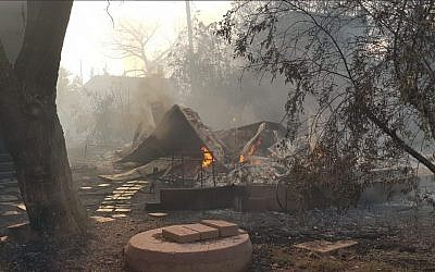 Effects of a fire in the central town of Mevo Modiim on May 23, 2019. (Israel Fire Service)