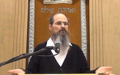 Yeshivat Torah HaChaim head Rabbi Shmuel Tal gives a sermon on December 27, 2018. (Screen capture/Youtube)