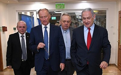 Prime Minister Benjamin Netanyahu, right, meets Russia's national security adviser, Nikolai Patrushev, second from left, in Jerusalem, June 24, 2019. Israel's National Security Adviser Meir Ben-Shabbat is at left. (Haim Tzach/GPO)