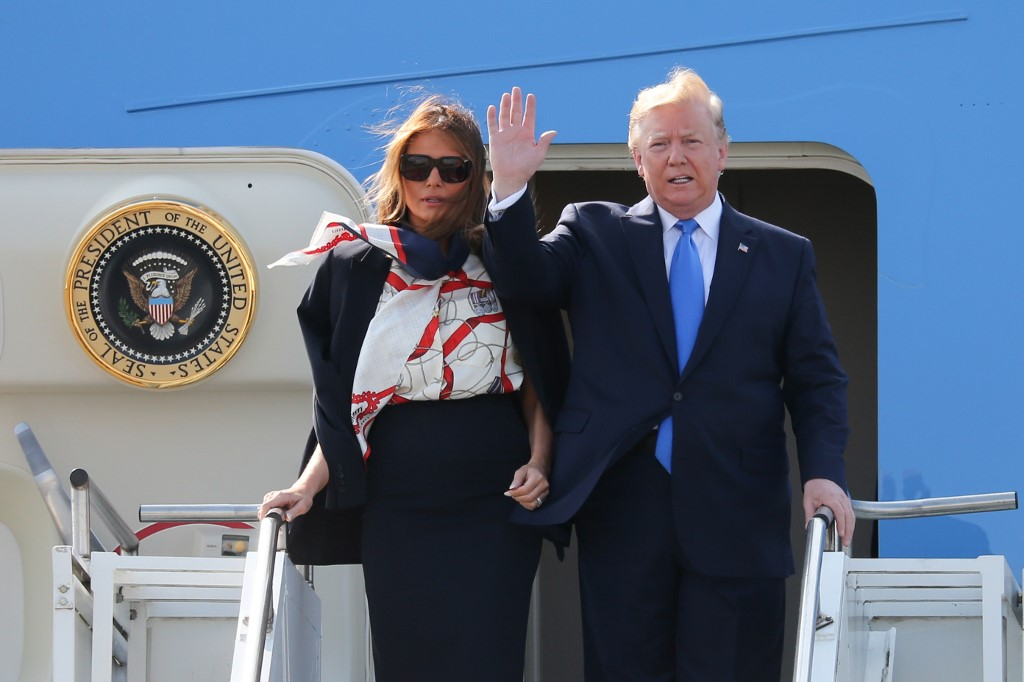 Ceremony, political jibes mark Trump's first day in London