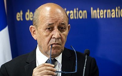 French Foreign Minister Jean-Yves Le Drian gives a press conference with his Moroccan counterpart in Rabat on June 8, 2019. (FADEL SENNA / AFP)