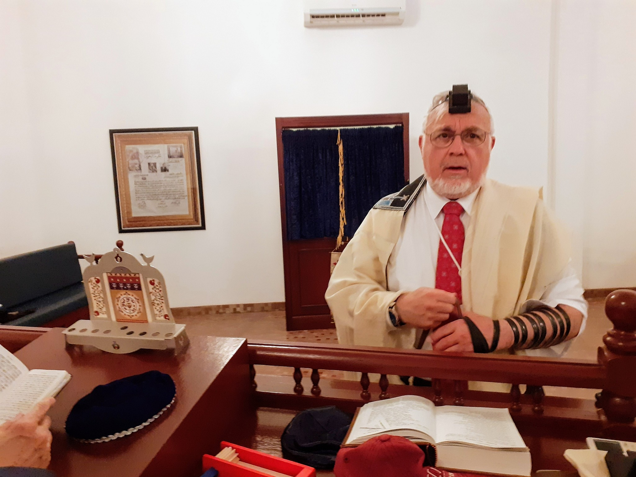Rabbi Abraham Cooper attends the morning prayers at the Bahrain synagogue, June 25, 2019 (Raphael Ahren/TOI)