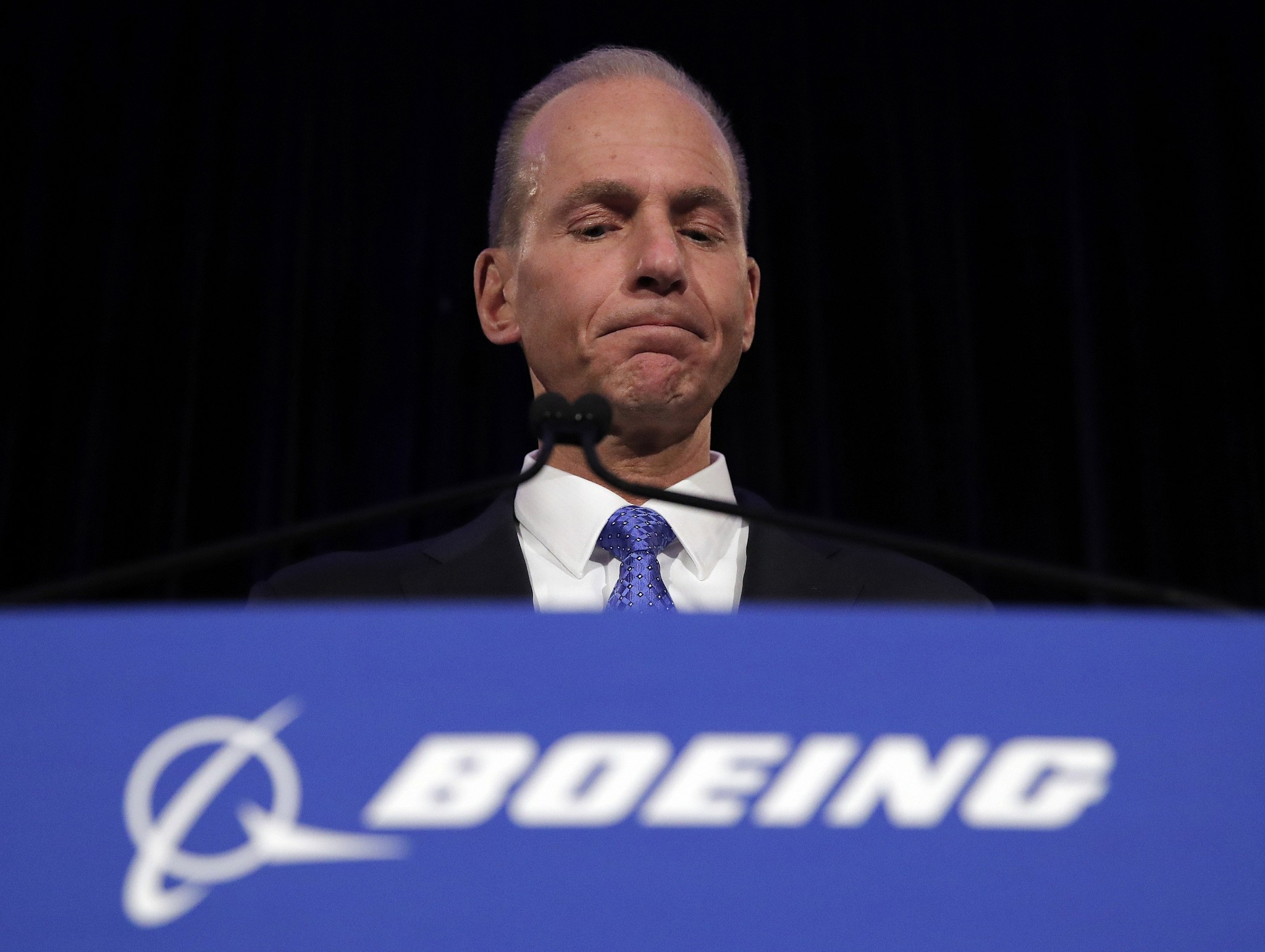 Boeing executives apologise over deadly air crashes
