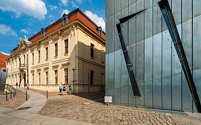 The Berlin Jewish Museum is under fire for retweeting a link to a pro-BDS article. (Prisma by Dukas/Universal Images Group/ Getty Imagesvia JTA)