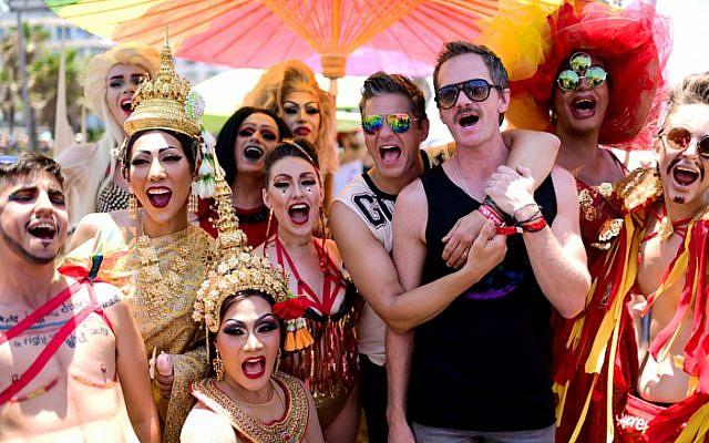 American actor Neil Patrick Harris seen at the annual Gay Pride Parade in Tel Aviv, on June 14, 2019 (Tomer Neuberg/Flash90)