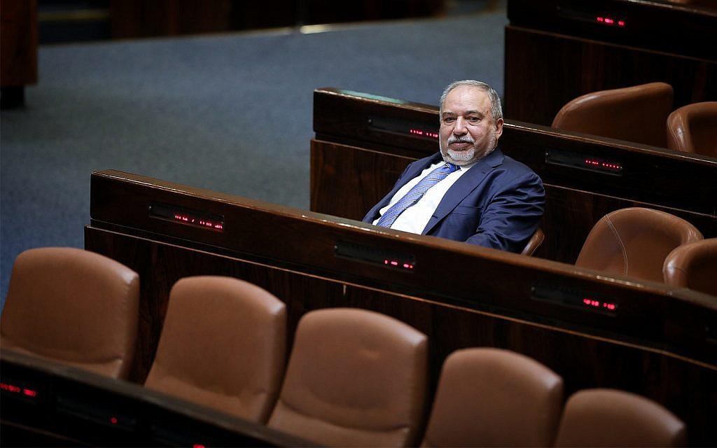 Israel Beytenu party leader Avigdor Liberman in the Knesset, May 29, 2019. (Noam Revkin Fenton/Flash90)
