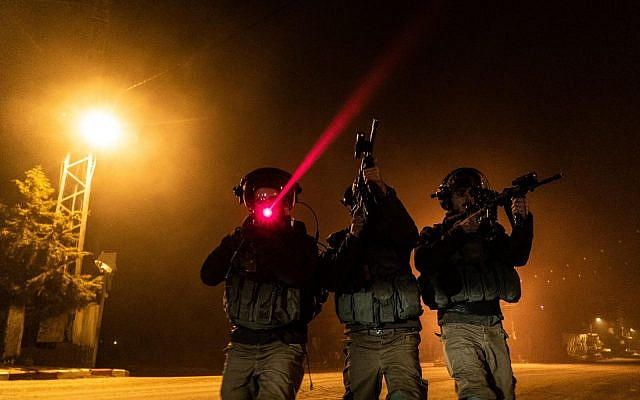 Illustrative: Israeli soldiers take part in operations in the West Bank. (Israel Defense Forces)