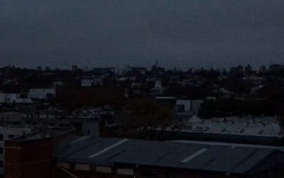 Residents in Montevideo wake up to no electricity after a massive electricity cut leaves Argentina, Uruguay and some parts of neighboring countries in the dark, according to Uruguayan and Argentine electricity companies on June 16, 2019 (Screen grab via AFP)