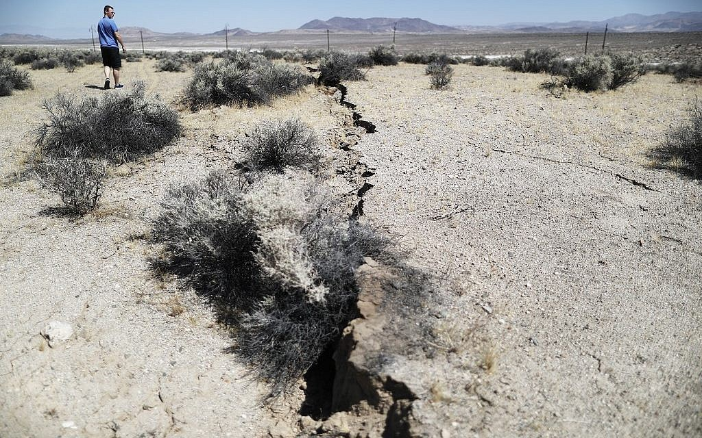 California could be rattled by months of aftershocks following big quakes