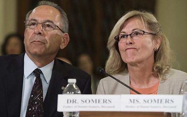 Howard and Jean Somers testify about their son's suicide following during a  House Committee on Veterans Affairs hearing on Capitol Hill. Washington, DC, July 10, 2014. (Saul Loeb/AFP/Getty Images/via JTA)