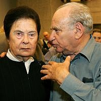 Ora Namir, left, and Arieh 'Luba' Eliav, December 1, 2005. (Moshe Shai/Flash90)